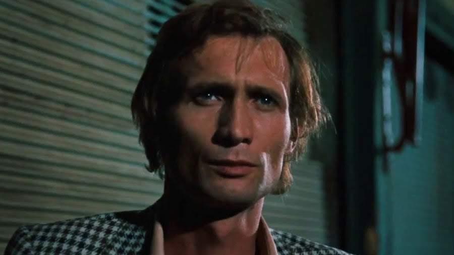 """Joseph Bloch, interpretado por Arthur Brauss   """"El miedo del arquero ante el penal"""" (1971)"""