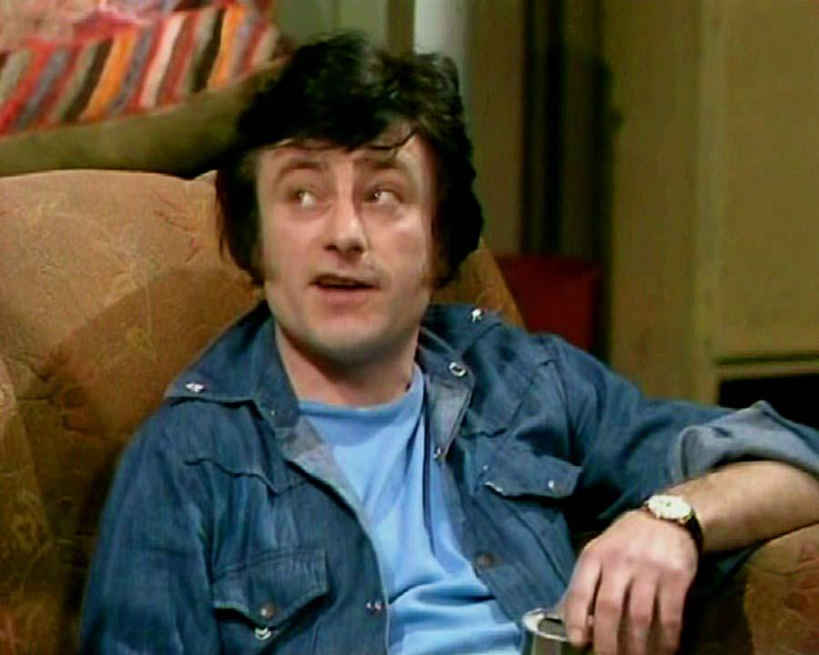 "Doug Fisher es Larry Simmonds en ""Un hombre en la casa"""