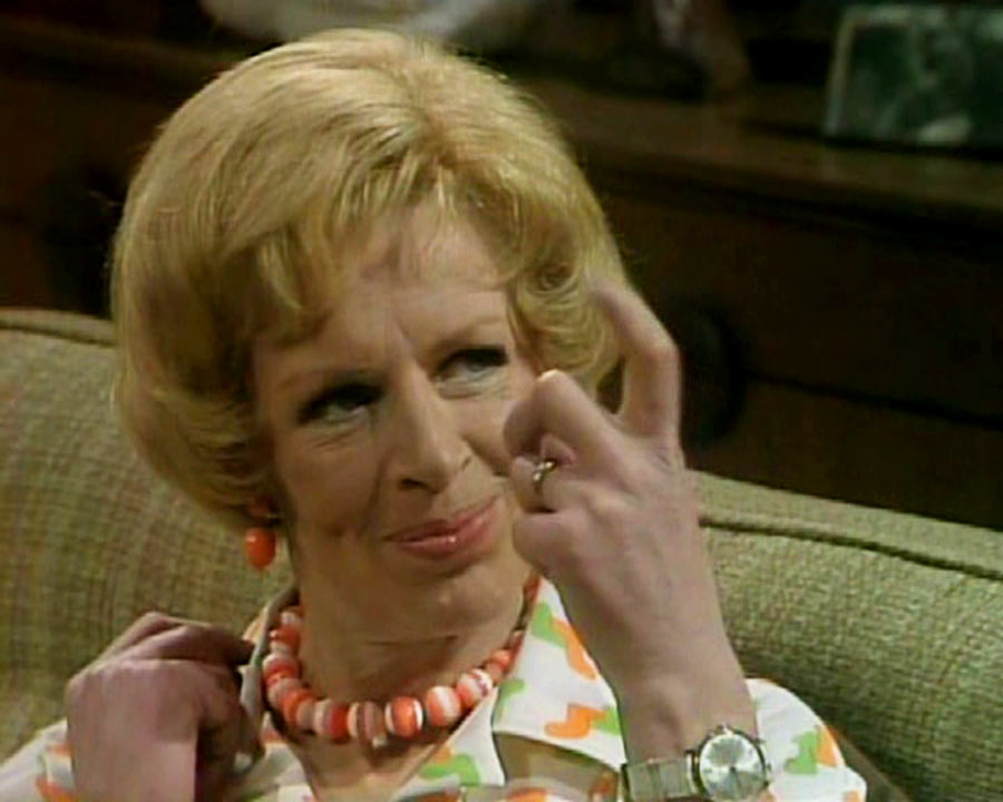 """Yootha Joyce es Mildred en """"Un hombre en la casa"""""""